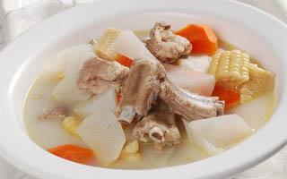 冬季养生汤之玉米排骨汤